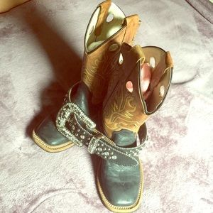Old west girl boots with or without belt